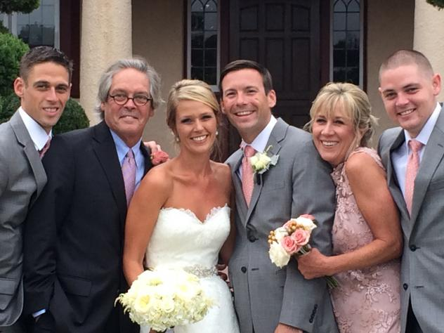 Greg and Mary Catherine O'Brien with their kids, at daughter Colleen's marriage to Matt Everett last August. Greg has early-onset Alzheimer's. From left, Brendan O'Brien, Greg O'Brien, Colleen O'Brien, Matt Everett, Mary Catherine O'Brien, and Conor O'Br