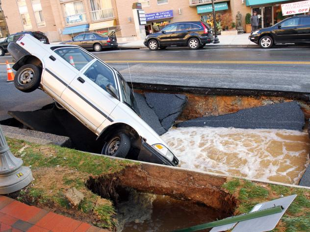 High-profile events like bridge collapses or road sinkholes (like this one) could make you think America's roads are crumbling. That's not quite true.