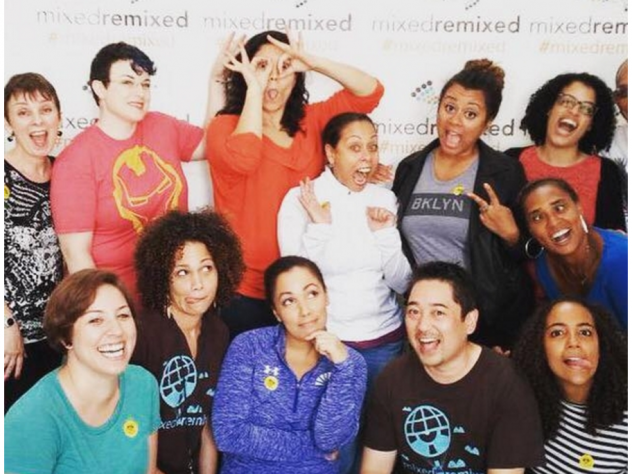 Author Heidi Durrow gathers with festivalgoers to celebrate Mixed Remixed in 2015.