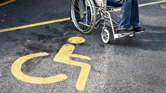 Kimber Lanning, who owns a music shop in Phoenix called Stinkweeds, is among a slew of Arizona business owners who have been sued recently for allegedly violating the Americans with Disabilities Act. In this case, her ADA-accessible parking sign was a fe