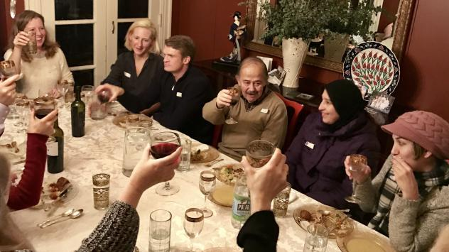 At Syria Supper Club, women from refugee families cook elaborate feasts, and Americans host the meals.