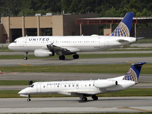 United Airlines changes crew booking policy after passenger dragged off plane