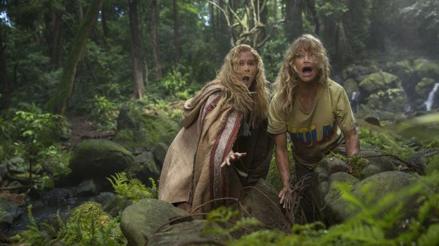 Emily (Amy Schumer) and Linda (Goldie Hawn) get rumpled in the jungle in <em>Snatched</em>.