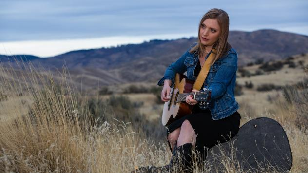 Eilen Jewell at Military Reserve Park in Boise, Idaho
