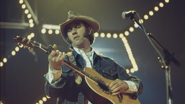 Don Williams performing at London's Wembley Arena in April, 1977. Williams was beloved in countries as far-flung as South Africa, long before country's popularity had crossed the oceans.