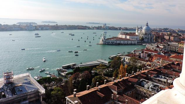 Venice! Not pictured: the apparent skein of streets that led the guiding motorcycle astray in the city's marathon Sunday.