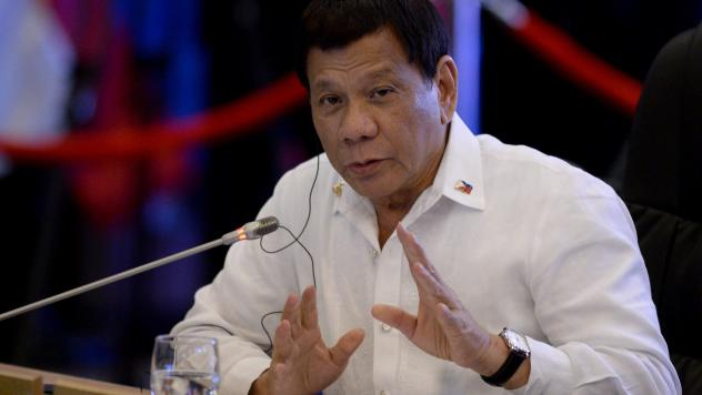 Philippine President Rodrigo Duterte delivers a statement in Manila in Nov. 2017. Duterte will withdraw the Philippines from the Rome Statute, the treaty that established the International Criminal Court (ICC), according to a statement released to report