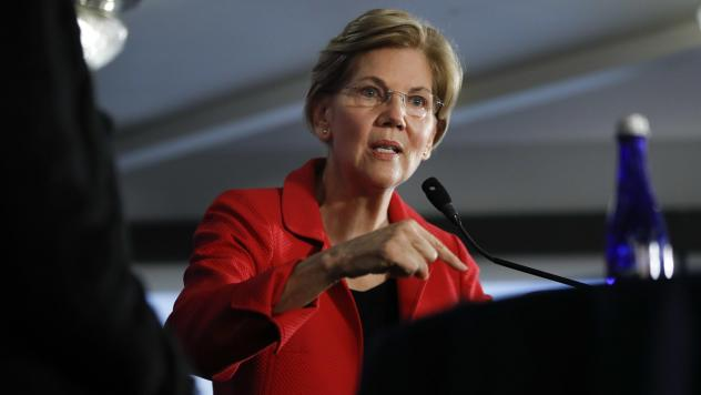Sen. Elizabeth Warren, D-Mass., speaks at the National Press Club in Washington on Tuesday. Warren delivered a speech on the need for stronger laws limiting corruption, making an argument against the Trump administration that could be used if she runs ag