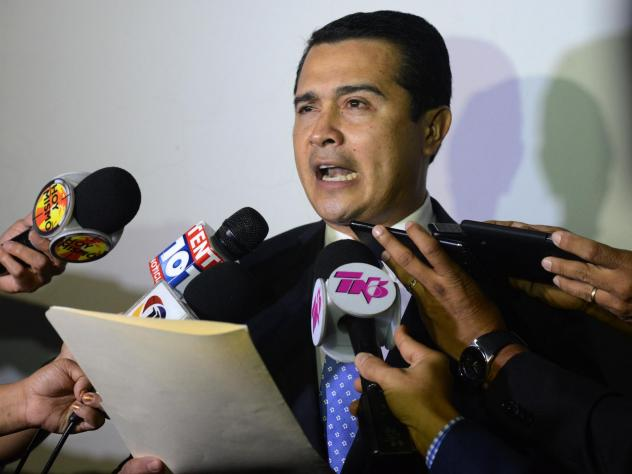 Juan Antonio Hernández, the brother of Honduran President Juan Orlando Hernández and a former congressman, was arrested in Miami on Friday. He is accused of collaborating with multiple criminal organizations in Honduras, Colombia and Mexico to smuggle
