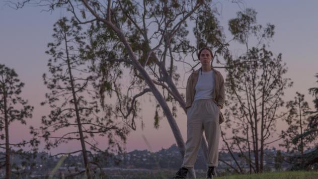 Meg Duffy, who was the longtime lead guitarist for Kevin Morby, switched their focus to Hand Habits in 2017.