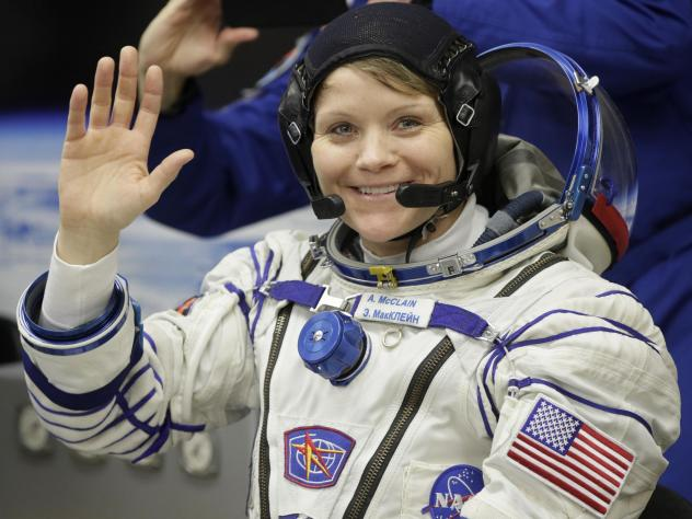 While she was working last week, U.S. astronaut Anne McClain realized that her suit was too big to maneuver in comfortably.