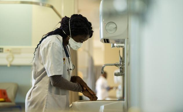 A new report finds that many health-care facilities in poor countries lack any sort of water supply.