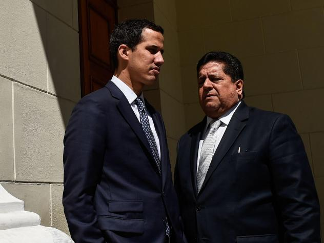 Opposition leader Juan Guaidó (left) stands with first vice president Edgar Zambrano before a session of the National Assembly in Caracas in January. Zambrano was arrested Wednesday night.