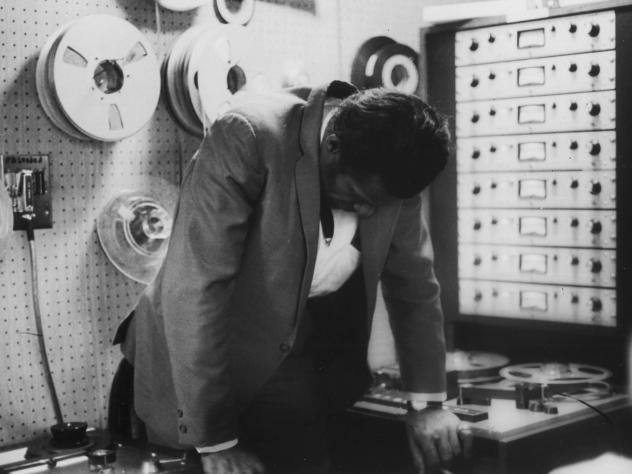 Chuck Berry in the Chess Records recording studio. <em>The New York Times</em> reports that originals of Berry's Chess catalog were burned in the 2008 Universal fire.