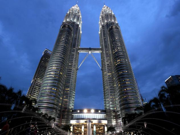 Pelli designed the Petronas Towers in Malaysia, the tallest buildings in the world from 1998 to 2004.
