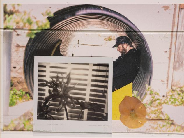 Bon Iver's Justin Vernon replaces the last album's airless, cluttered laptop-orchestra sound with more organic, approachable textures on <em>i,i</em>.