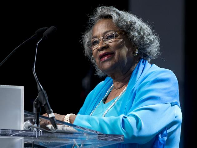 "Civil rights activist Juanita Abernathy speaks after receiving the George Thomas ""Mickey"" Leland Award at the Congressional Black Caucus Foundation's Legislative Conference in 2015."