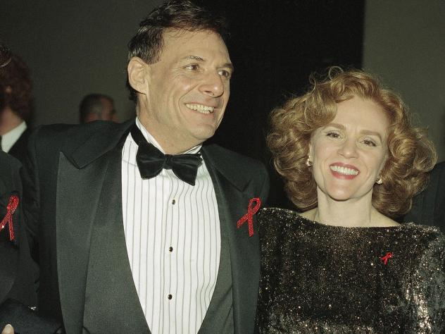 Actors Ron Liebman and Madeline Kahn are shown at the Tony Awards in New York, June 6, 1993.