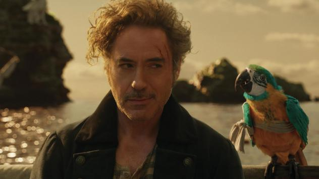 """""""Polly want a movie!"""": Dr. John Dolittle (Robert Downey Jr.) and parrot (voiced by Emma Thompson) are lost at sea in <em>Dolittle.</em>"""