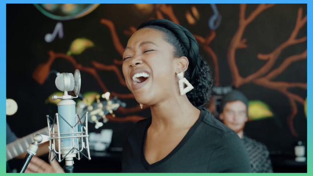 """Lauren Eylise entered the 2020 Tiny Desk Contest with the song """"Peaks and Valleys."""""""