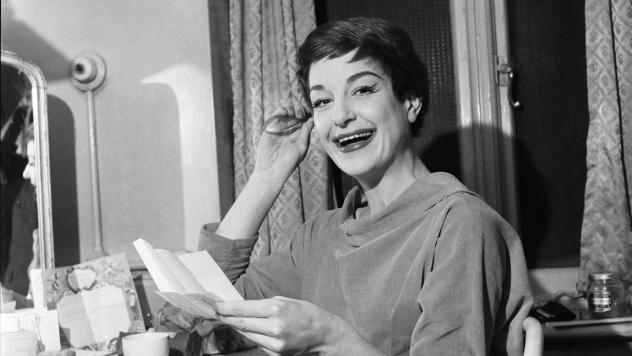 Annie Ross, photographed on March 1, 1956 backstage at St. Martins Theatre in West London.