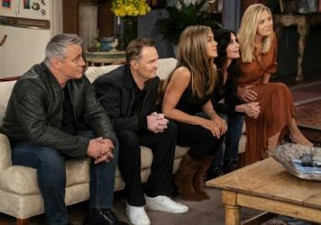 Matt LeBlanc, Matthew Perry, Jennifer Aniston, Courteney Cox and Lisa Kudrow appear (along with David Schwimmer) in the special <em>Friends: The Reunion</em>.