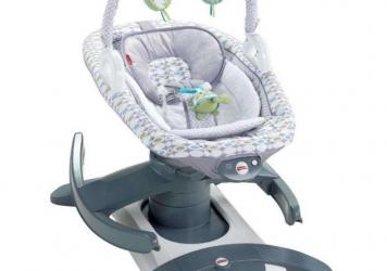 The Fisher-Price 4-in-1 Rock 'n Glide Soother which has been recalled after four infant deaths.
