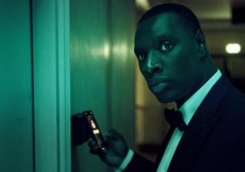 Omar Sy stars as a shapeshifting thief in the Netflix series <em>Lupin</em>.
