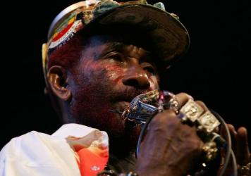 """Lee """"Scratch"""" Perry performsin Australia in 2007."""