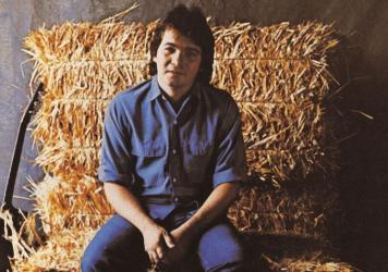 John Prine on the cover of his 1971 debut album.