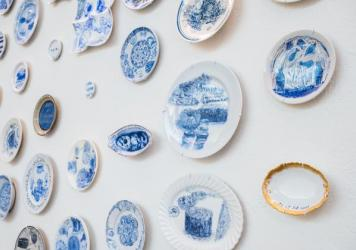 Julie Green's <em>The Last Supper</em> is currently on view at the Bellevue Arts Museum in Bellevue, Wash. There are 800 plates in the exhibit.