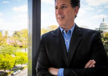 Rick Santorum, R-Pa., was able to win Iowa in 2012, but faces a more crowded field this time around.