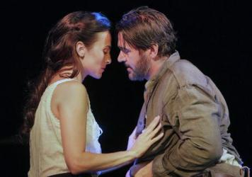 Deborah Nansteel as Lucinda and Nathan Gunn as Inman in the world premiere of <em>Cold Mountain </em>at the Santa Fe Opera.