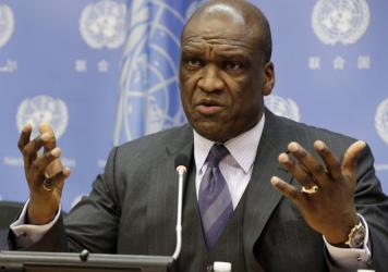 U.N. Ambassador John Ashe, of Antigua and Barbuda, speaks during a 2013 news conference at U.N. headquarters.