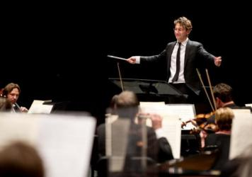 Teddy Abrams conducts the Louisville Orchestra in his first concert as Music Director in Spring 2014.