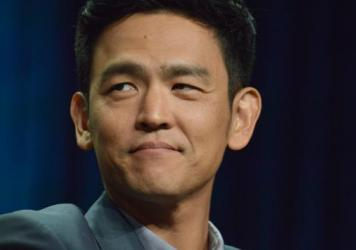 John Cho starred as the romantic lead in the short-lived ABC sitcom <em>Selfie.</em>