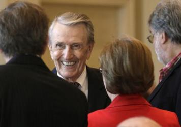 Former Sen. Dale Bumpers, seen here in 2013, has died at age 90.