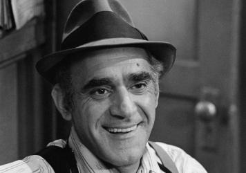 "Actor Abe Vigoda, shown in character on the Los Angeles, Ca. set as Detective Fish in ""Barney Miller"", Aug. 8, 1977."