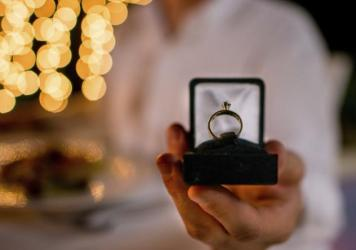 "Marriage proposals are pretty routine at America's high-end restaurants. They can lift the mood in the entire dining room, boost tips and create lifelong customers. Unless the answer is ""no,"" that is."