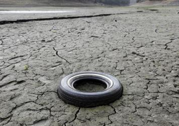 The cracked-dry bed of the Almaden Reservoir in San Jose, Calif., in 2014.