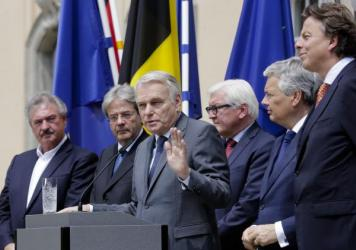 The Foreign Ministers from EU's founding six countries — Jean Asselborn from Luxemburg, Paolo Gentiloni from Italy, Jean-Marc Ayrault from France, Frank-Walter Steinmeier from Germany, Didier Reynders from Belgium and Bert Koenders from the Netherlands