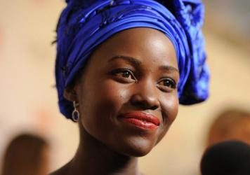 Lupita Nyong'o in her Nigerian-style head tie.