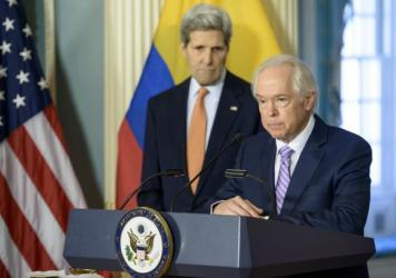 U.S. envoy Bernard Aronson speaks at the State Department in Washingon on Feb. 20, 2015. Secretary of State John Kerry said Aronson announced that Aronson would be the special envoy to Colombia, where he helped negotiate an end to that country's 52-year war.