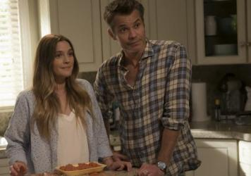 Ladies' (USDA) Choice: Sheila (Drew Barrymore) and Joel (Timothy Olyphant) chew over a big decision in <em>Santa Clarita Diet</em>.