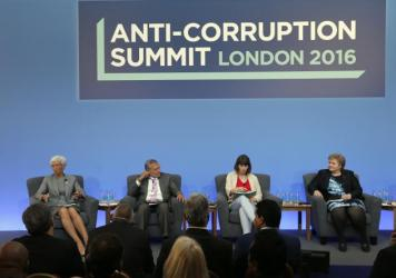 International Monetary Fund Managing Director Christine Lagarde (from left), Jose Ugaz of Transparency International, Daria Kaleniuk of the Anti-Corruption Action Center, and Norway's Prime Minister Erna Solberg participate in a panel discussion at the Anti-Corruption Summit in London in May 2016.