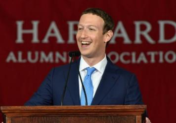 """Mark Zuckerberg told graduates to pursue """"big meaningful projects."""""""