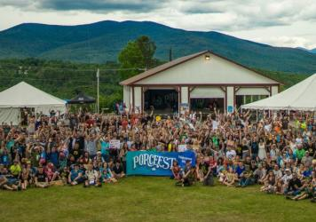 The participants of PorcFest 2015 pose for a group photo.