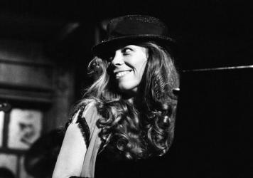 Rickie Lee Jones performs on <em>Saturday Night Live </em>in 1982, the year after she released her second album, <em>Pirates.</em>