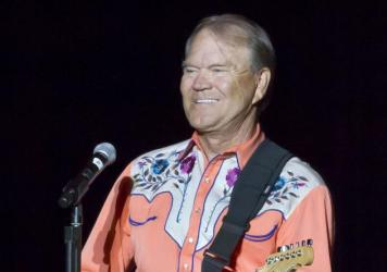 Singer Glen Campbell performing during his Goodbye Tour in Little Rock, Ark., in September 2012. (Danny Johnston/AP)