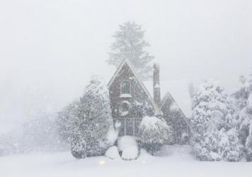 More than 4 feet of snow fell on Erie, Pa., over a 30-hour period.